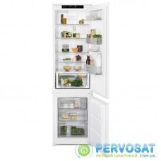 Вбуд. холодильник с мороз. камерою Electrolux RNS8FF19S, 188х55х54см, 2 дв., Холод.відд. - 213л, Мороз. відд. - 72л, A++, ST, Внутр. дисплей, Білий